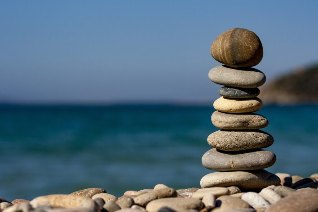 Why Hot Stone Massage Helps Your Body basalt river stones MassagEric